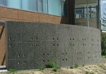 建築:外構での使用例(PC製品)